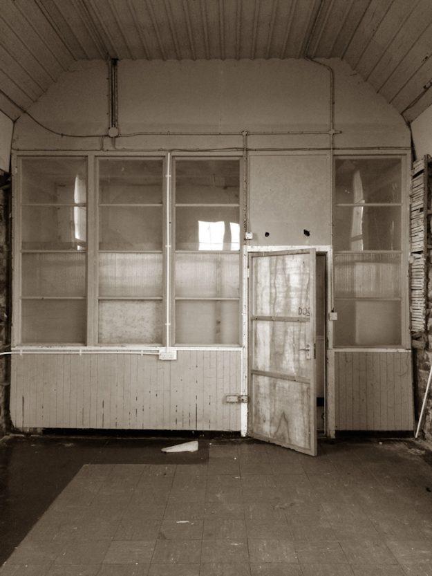 Tigharry Schoolhouse About interior open door