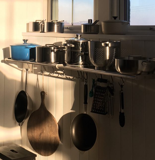 Scottish holiday cottages homes accommodation kitchen pots and pans