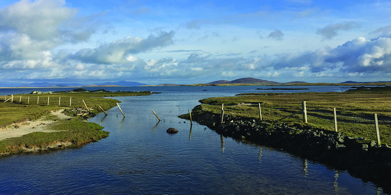 tigharry-schoolhouse-north-uist-self-catering-accommodation-view-grenitote